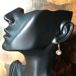 🔥 Vintage Gold Tone Rhinestone Earrings